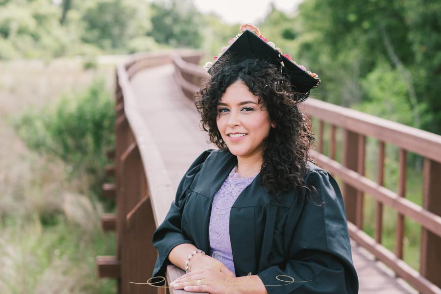 Graduation Portrait, Graduation Photography, Wesley Chapel Photographer, Nursing Student, Nursing Photo, Tampa Photographer, Tampa Photographer Tips, Nurse, Nursing Life