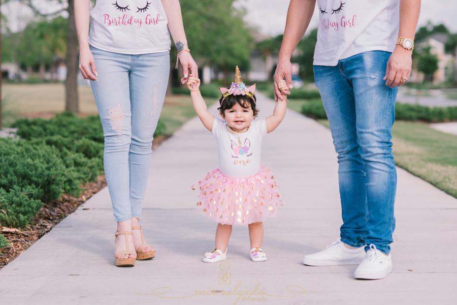 first-birthday, sofia ,smash-cake-family-session,tampa-photography, birthday-photography, family-pictures, birthday-girl, unicorn-birthday, mir-salgado-photography, outside-family-photoshoot