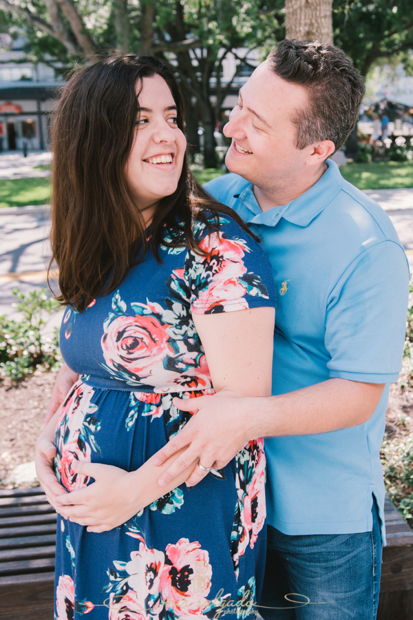 Hyde Park Village - Tampa, Florida - Family Photo Session | Craig & Jessica