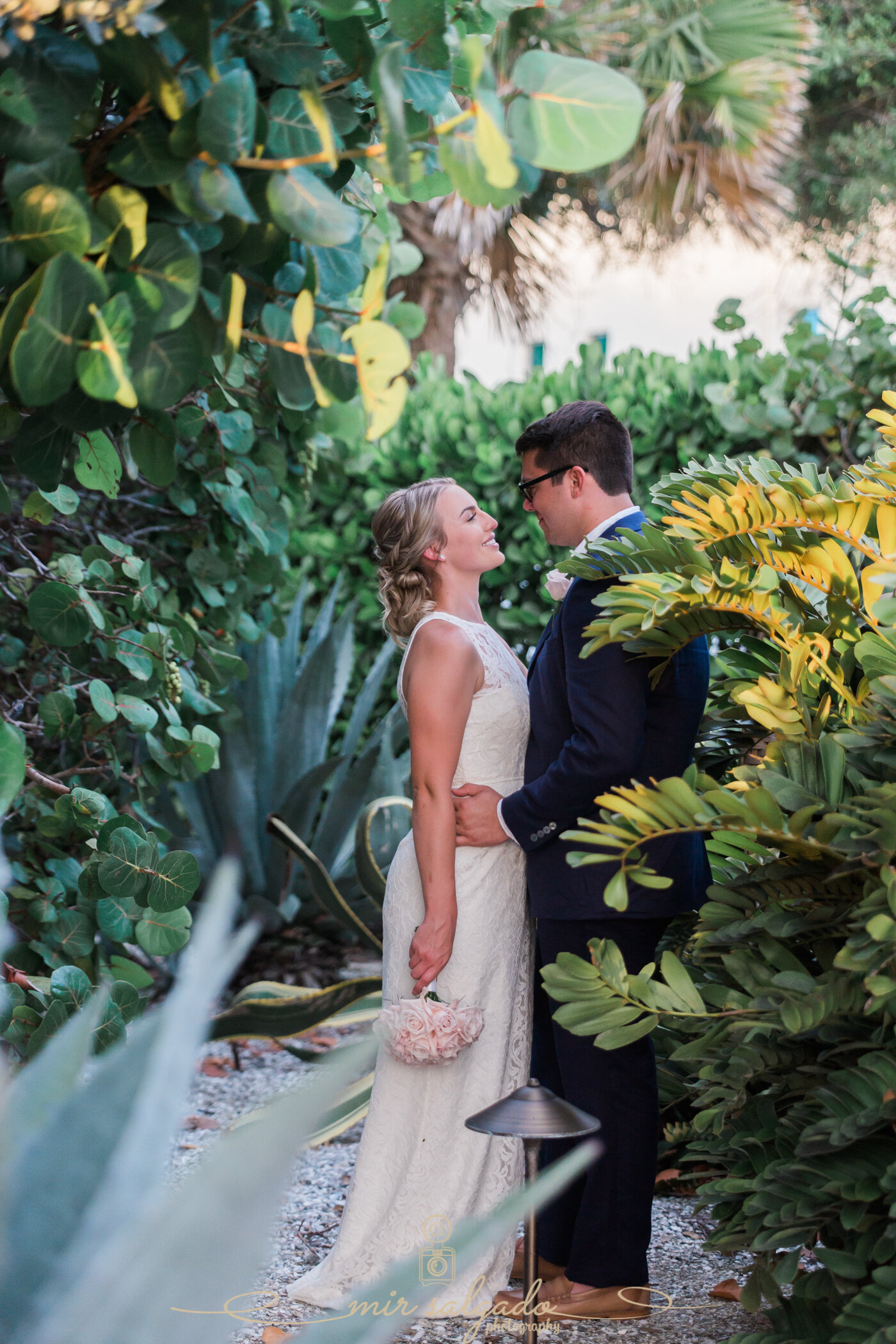 bride-and-groom-photography, bride-and-groom-on-beach, beach-wedding, longboat-key-florida-beach-wedding, florida-wedding, wedding-inspo, wedding-inspiration