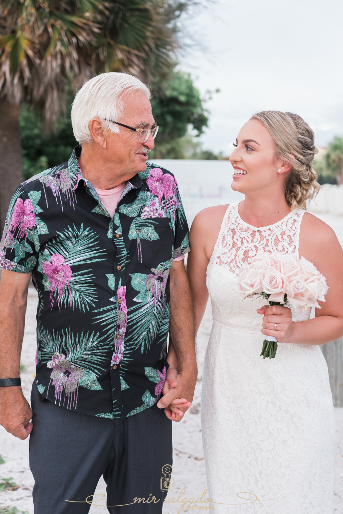 father-daughter, father-of-the-bride, walk-down-the-aisle, father-daughter-moments, brides-father-pictures