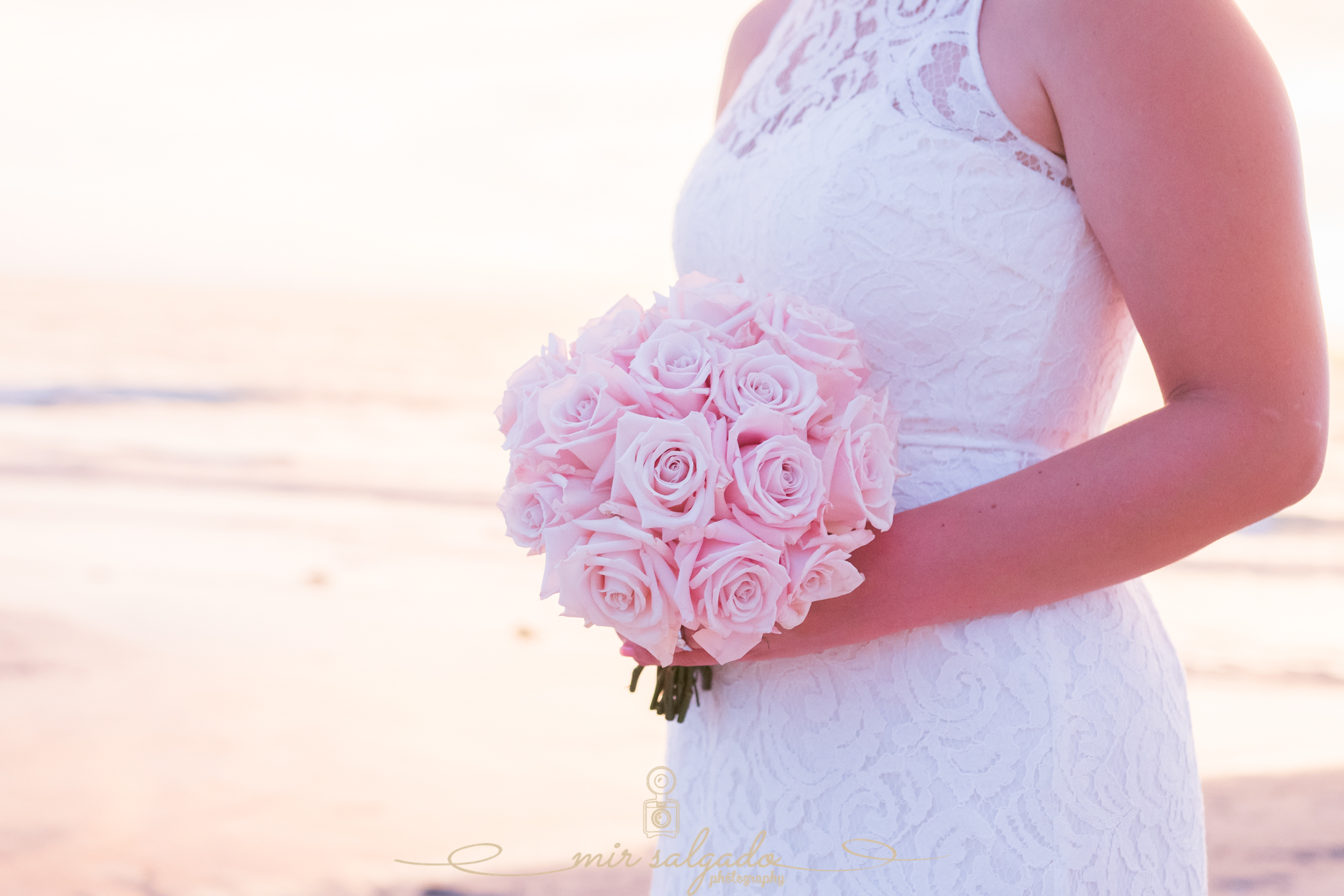 wedding-bouquet, wedding-flowers, pink-wedding-bouquet, summer-wedding-flowers, summer-wedding, summer-flowers