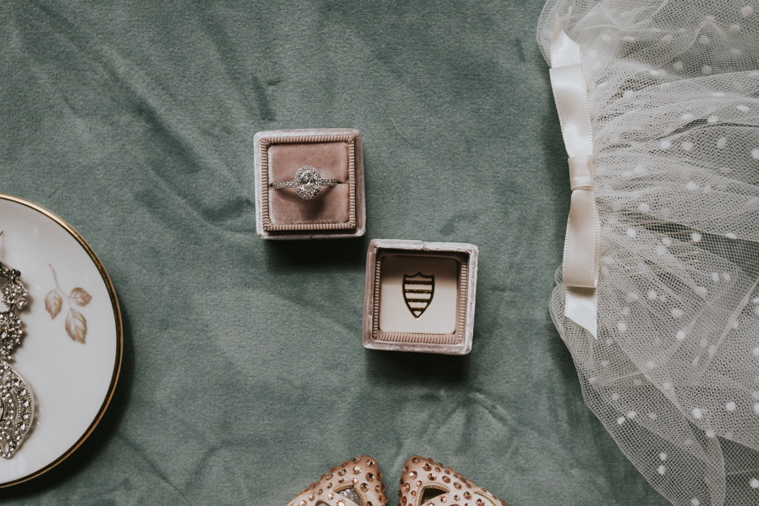 Hudson Valley Wedding Photographer, Arrow Park Lake and Lodge, Arrow Park Wedding, New York Wedding, Wedding Details, Wedding Flat Lay