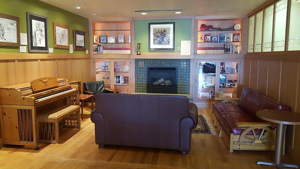 Fireplace Nook, Pioneer Saloon