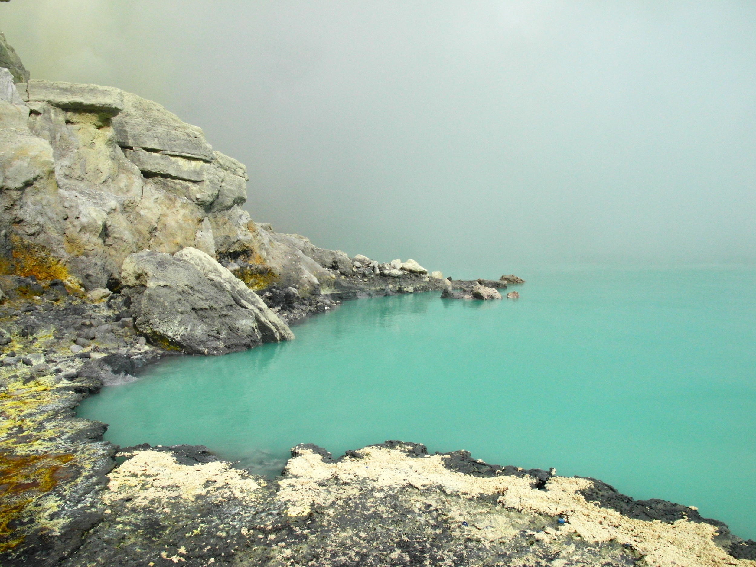 The turquoise of the lake seemed almost unreal.