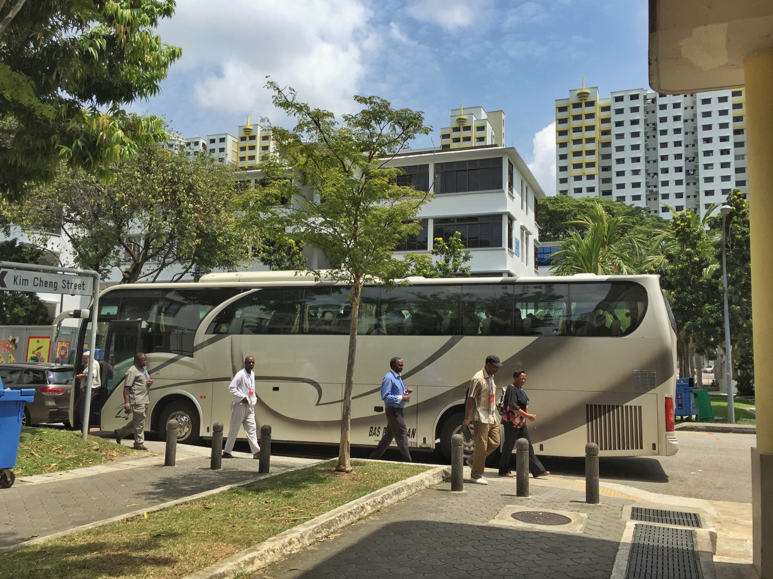 A tour bus pulls in by Tiong Bahru Market. For photographs of the estate's cafés and hipster-friendly alleyways, simply scour #tiongbahru on Instragram.