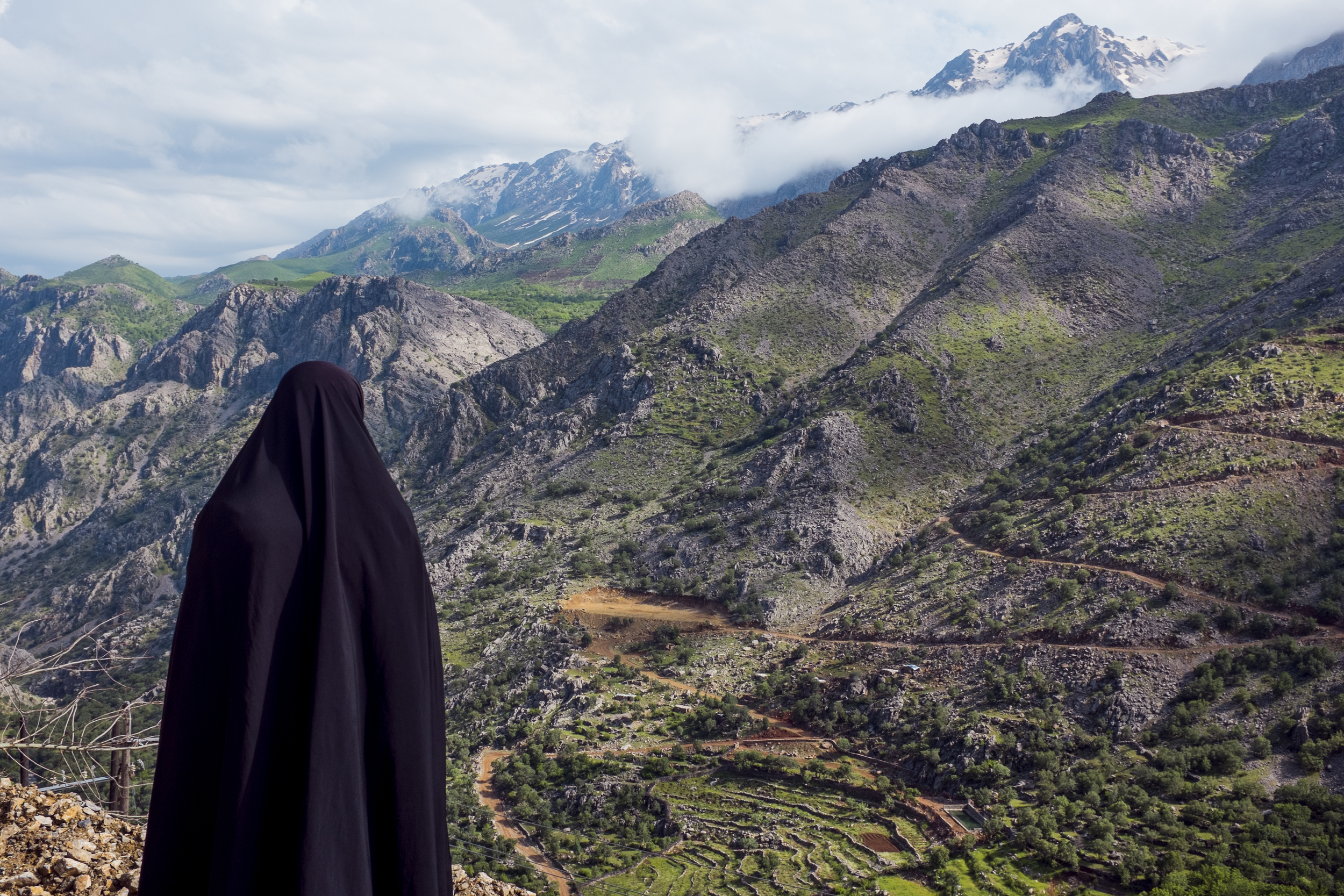A lady amidst the mountains of Hawraman Takhte