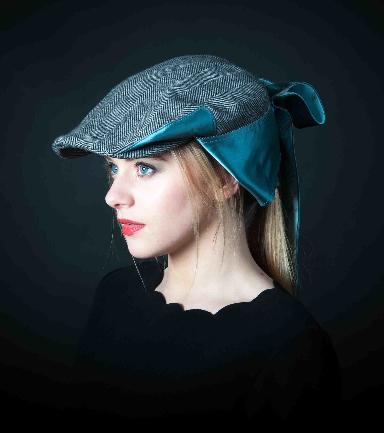 Ladies Bow Flat Cap