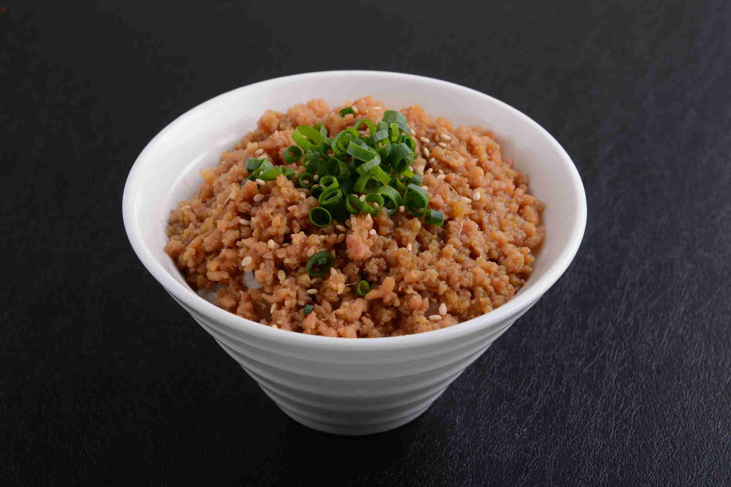 SOBORO MESHI (Minced Chicken on Rice) ($5.50)