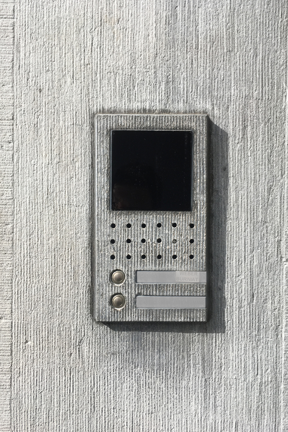 Belgian stone intercom in Antwerp. Perfection.