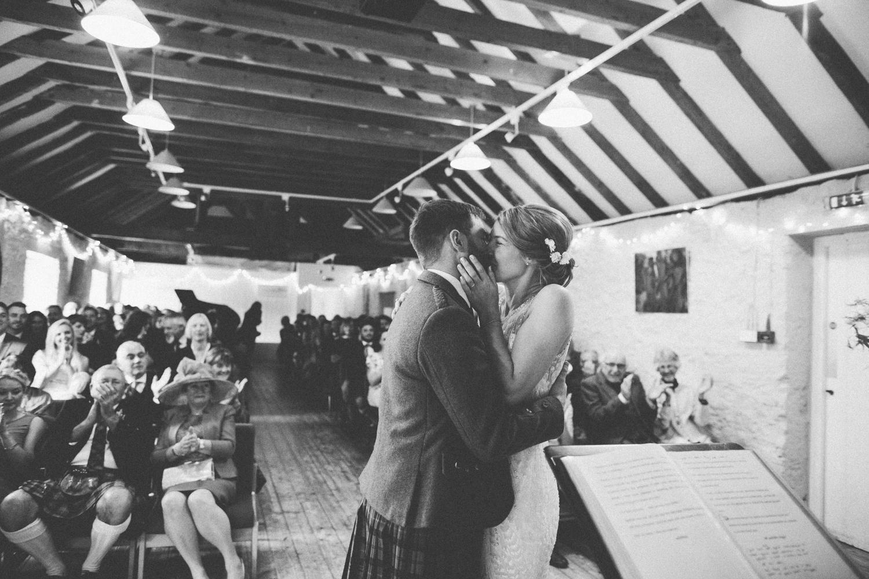 Alternative_natural_wedding_photographer_scotland_-55.jpg