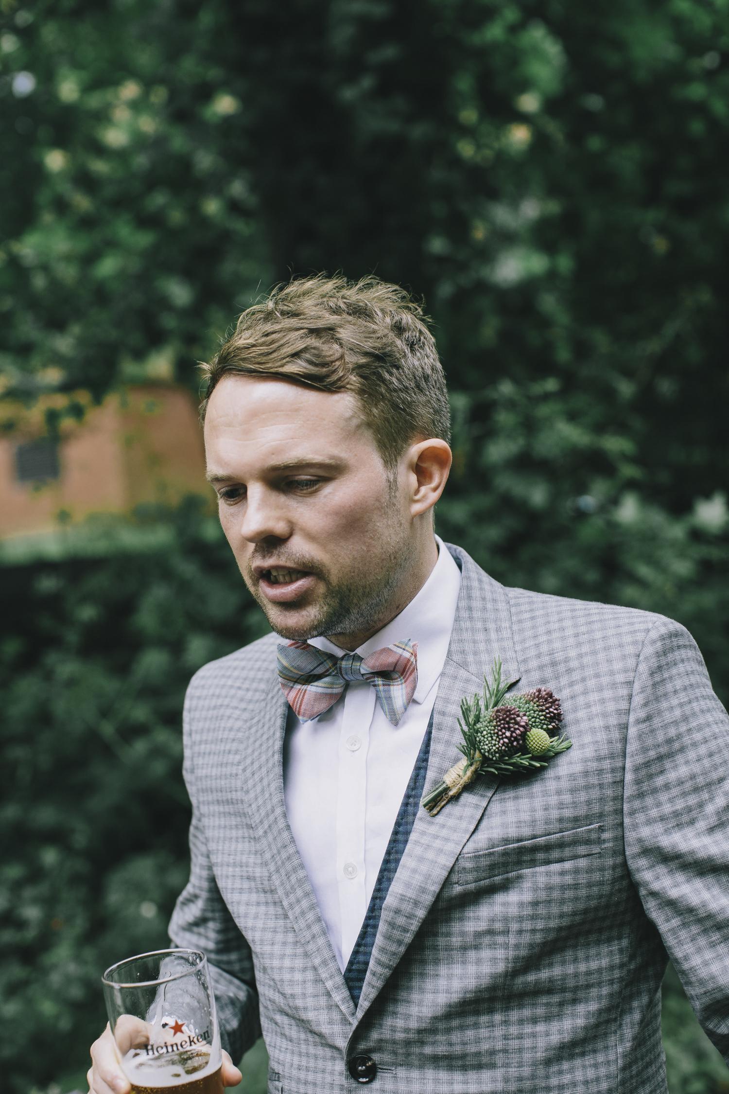 Alternative_wedding_photographer_scotland_glasgow-cottiers-39.jpg