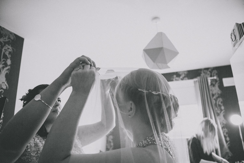 Alternative_wedding_photographer_scotland_glasgow-cottiers-41.jpg