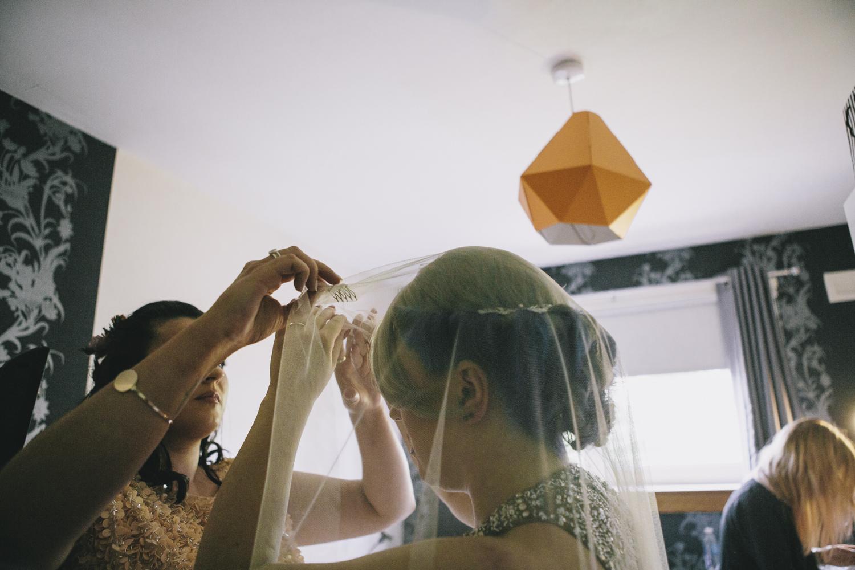 Alternative_wedding_photographer_scotland_glasgow-cottiers-42.jpg