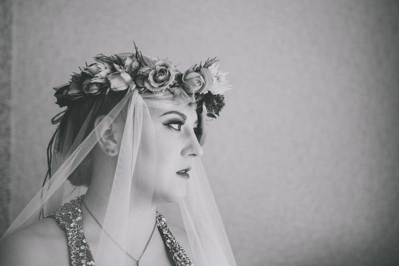 Alternative_wedding_photographer_scotland_glasgow-cottiers-47.jpg