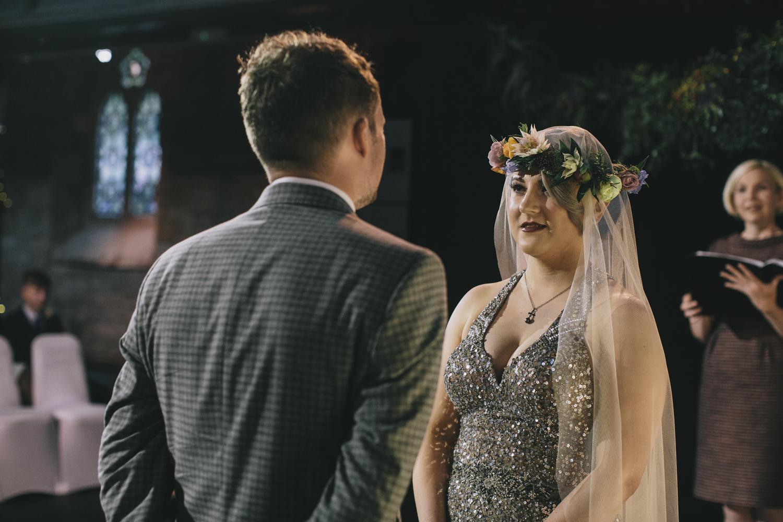 Alternative_wedding_photographer_scotland_glasgow-cottiers-59.jpg