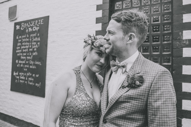 Alternative_wedding_photographer_scotland_glasgow-cottiers-73.jpg