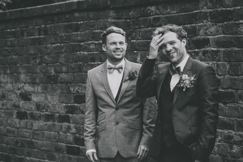 Alternative_wedding_photographer_scotland_glasgow-cottiers-82.jpg