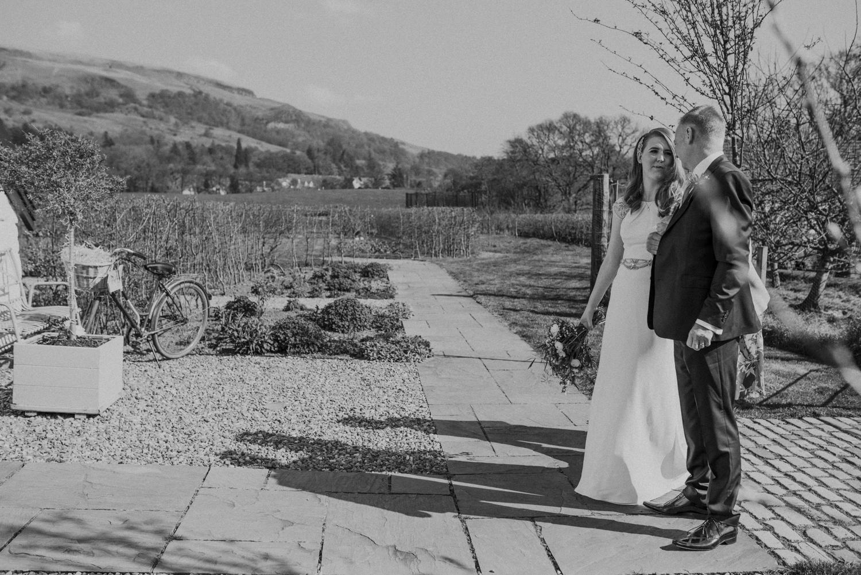 Alternative_wedding_photographer_scotland_barn_wedding_knockraich-23.jpg