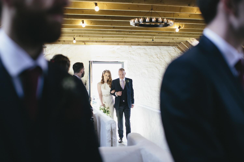 Alternative_wedding_photographer_scotland_barn_wedding_knockraich-25.jpg