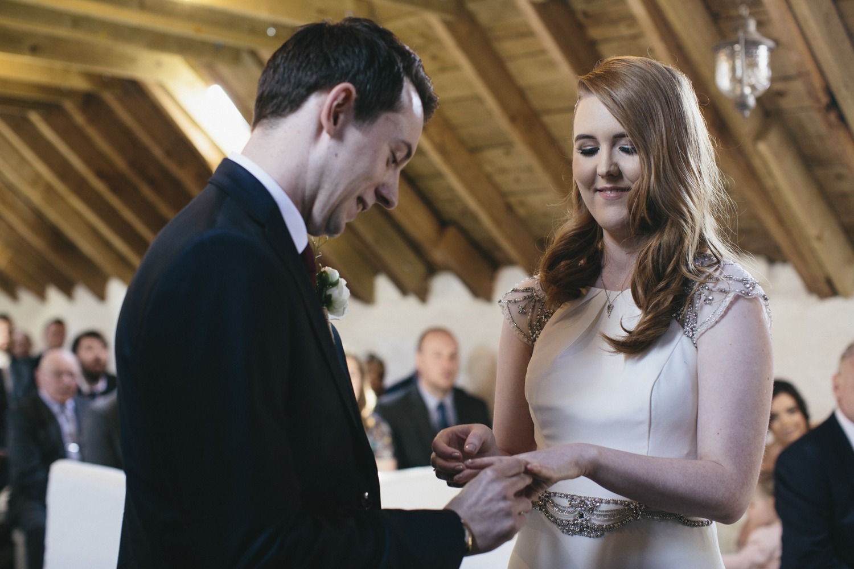 Alternative_wedding_photographer_scotland_barn_wedding_knockraich-31.jpg