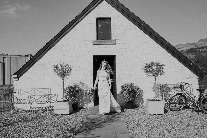 Alternative_wedding_photographer_scotland_barn_wedding_knockraich-36.jpg