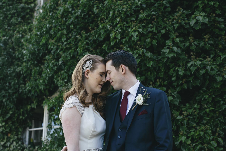 Alternative_wedding_photographer_scotland_barn_wedding_knockraich-52.jpg