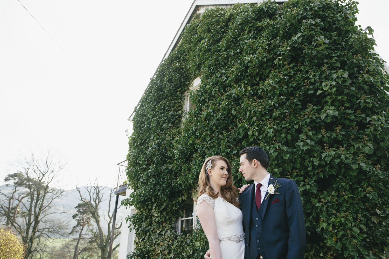 Alternative_wedding_photographer_scotland_barn_wedding_knockraich-53.jpg