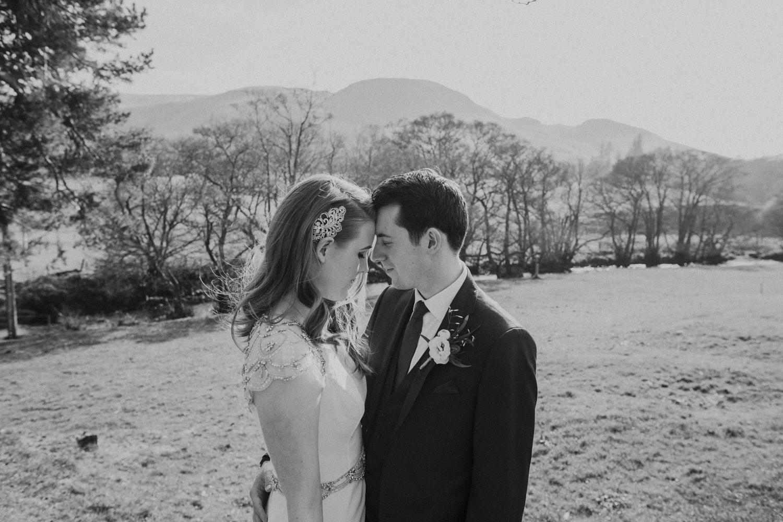 Alternative_wedding_photographer_scotland_barn_wedding_knockraich-56.jpg