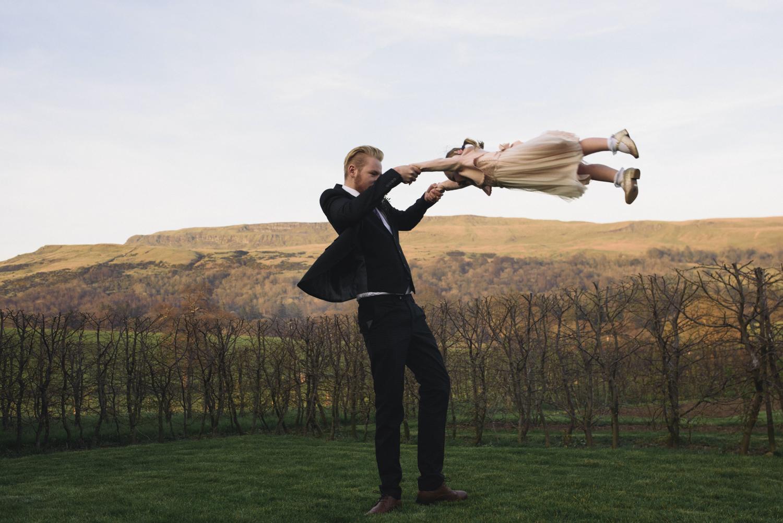Alternative_wedding_photographer_scotland_barn_wedding_knockraich-81.jpg