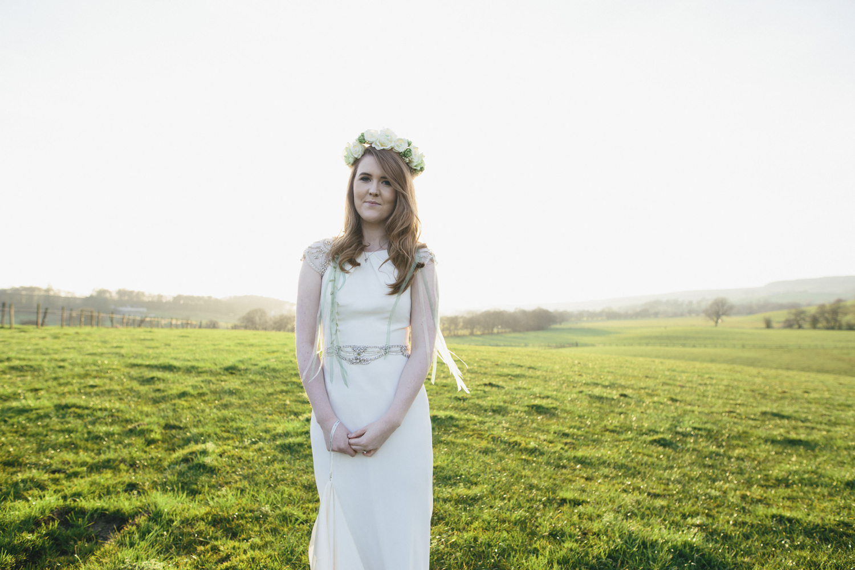 Alternative_wedding_photographer_scotland_barn_wedding_knockraich-82.jpg