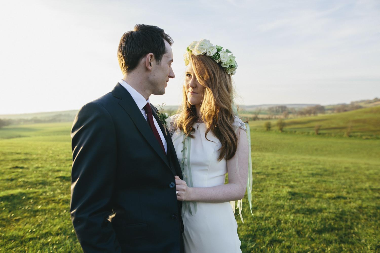 Alternative_wedding_photographer_scotland_barn_wedding_knockraich-90.jpg