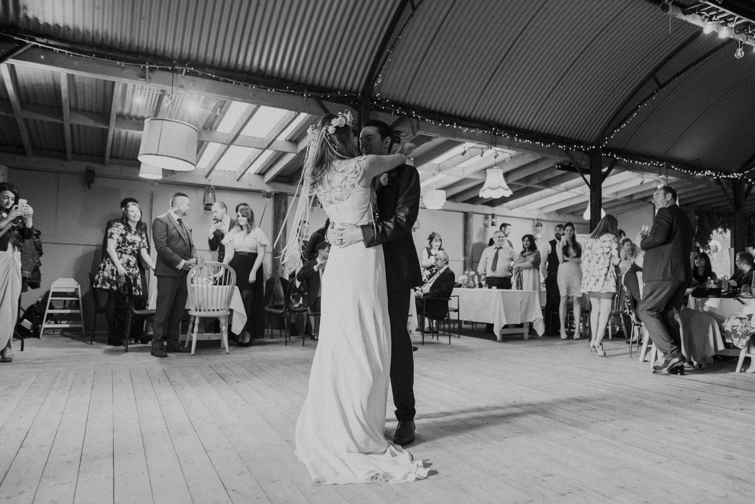 Alternative_wedding_photographer_scotland_barn_wedding_knockraich-98.jpg