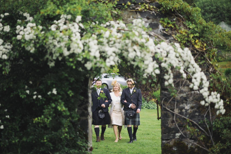Alternative_wedding_photographer_scotland_west_coast-28.jpg