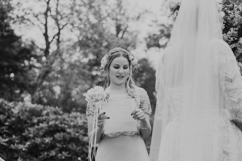 Alternative_wedding_photographer_scotland_west_coast-40.jpg
