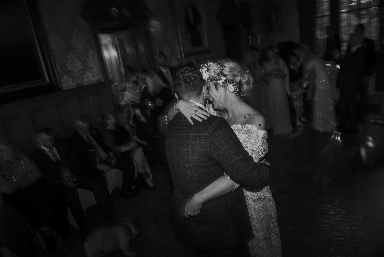 Alternative_wedding_photographer_scotland_west_coast-101.jpg