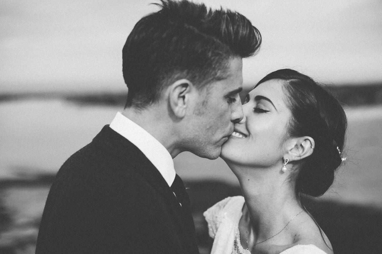 Alternative_wedding_photographer_scotland_fife_standrews_kinkell-69.jpg