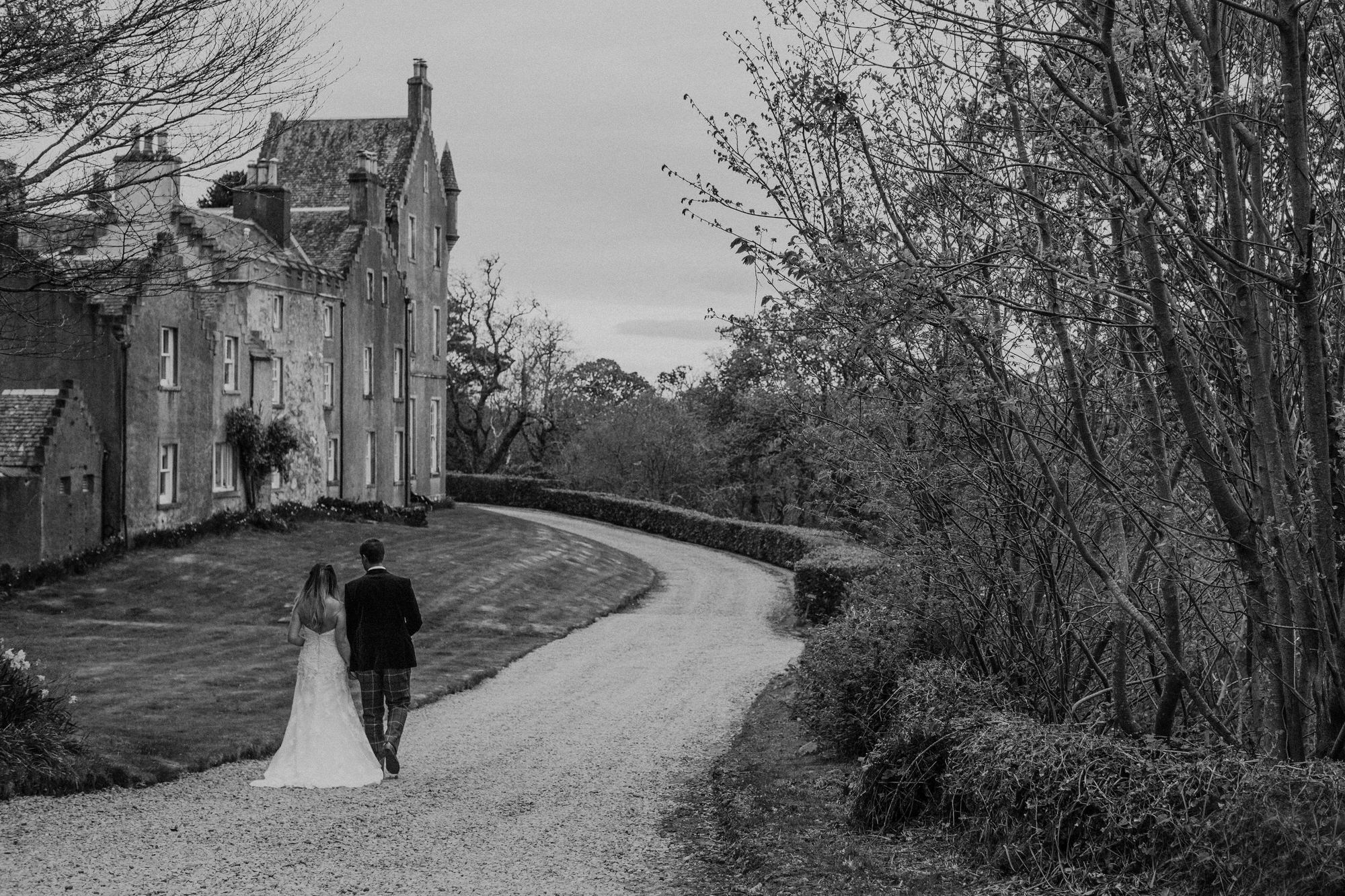 Alternative Natural Quirky Wedding Photographs UK Scotland 160.jpg