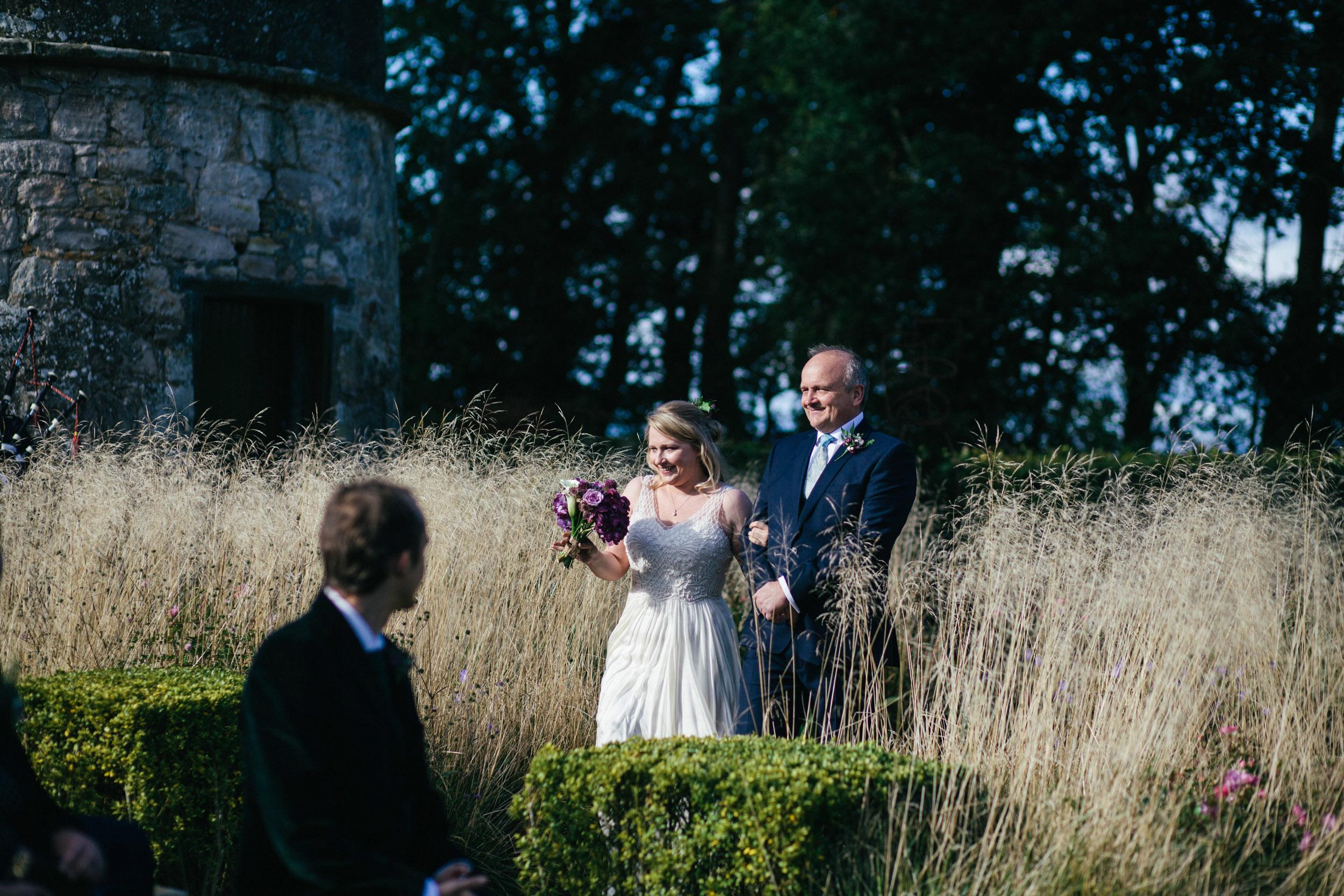 Quirky Wedding Photographer Edinburgh Jupiter Artland -13.jpg
