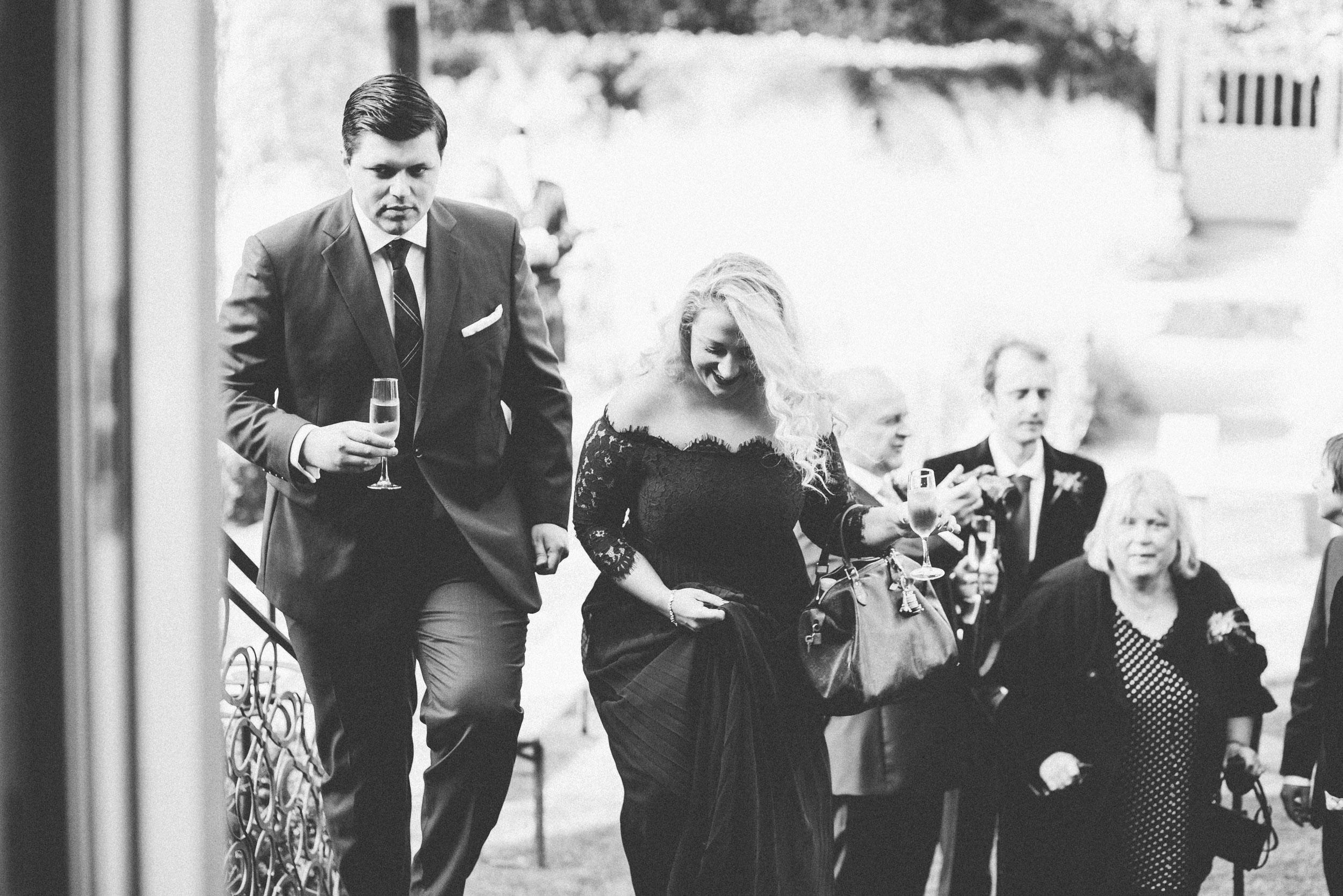 Quirky Wedding Photographer Edinburgh Jupiter Artland -29.jpg