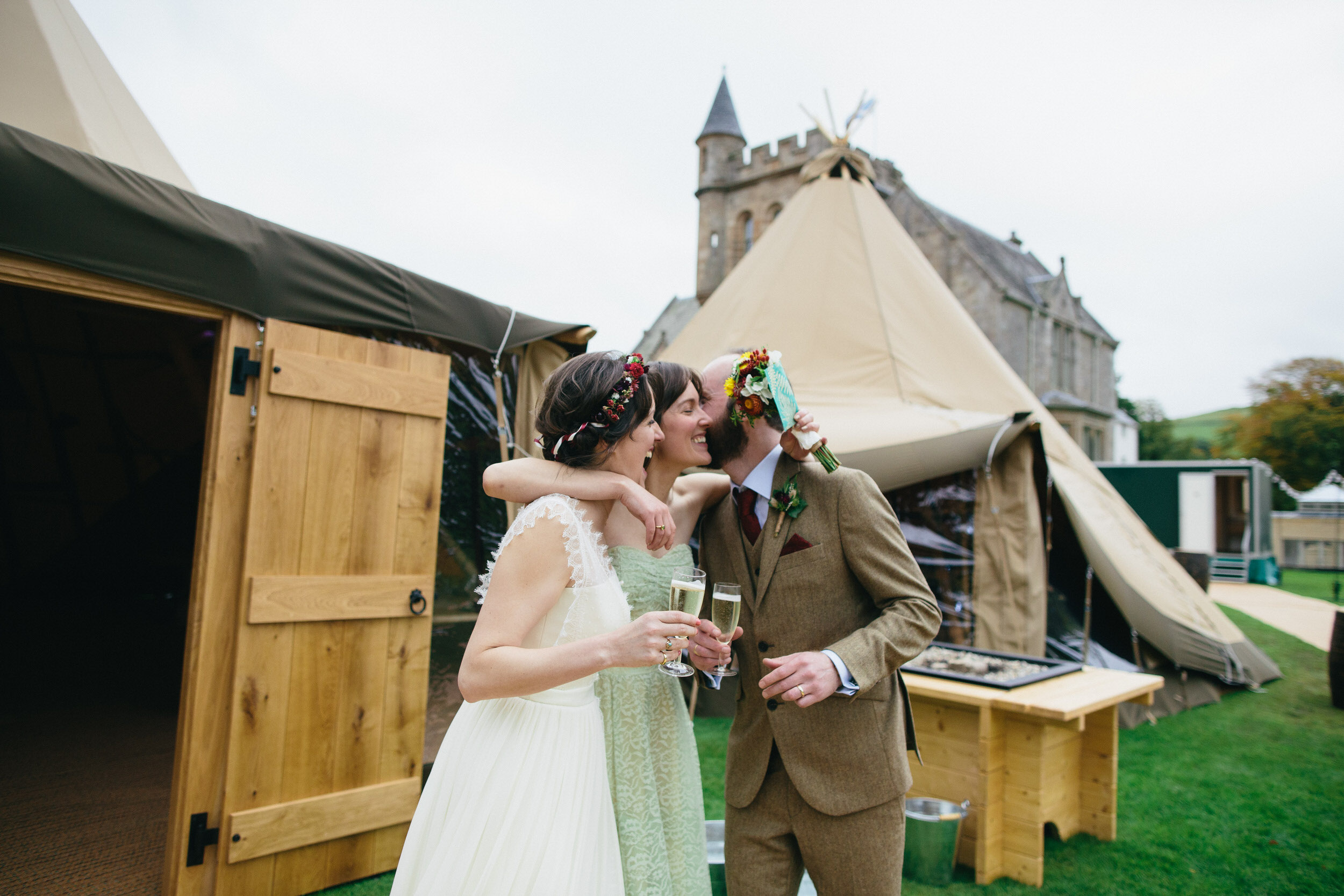 Quirky Wedding Photography Scotland Borders Biggar Hartree 053.jpg