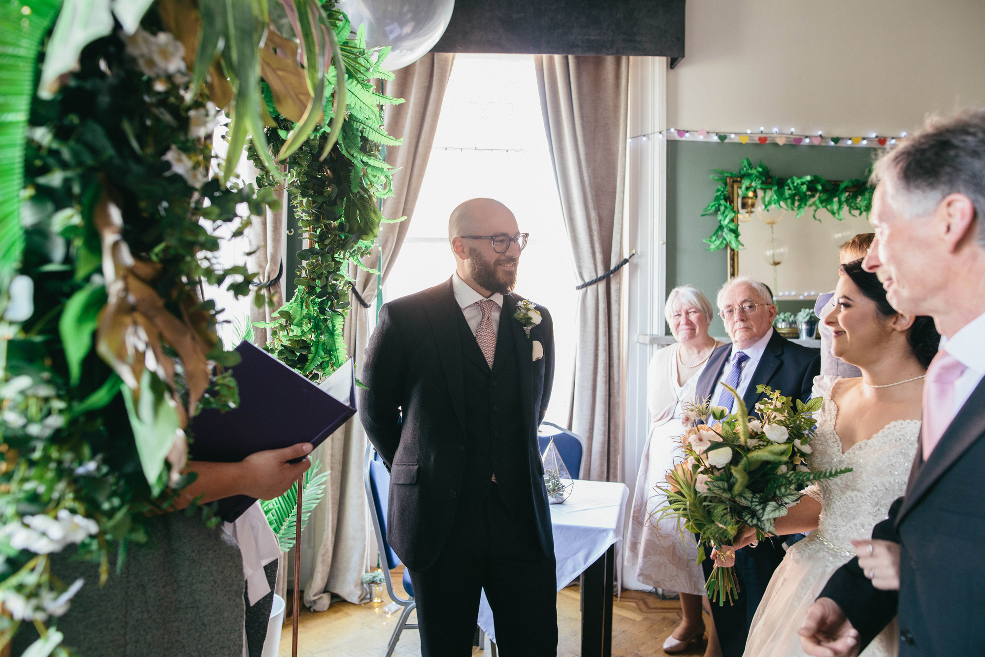Quirky Wedding Photography Glasgow West End 024.jpg