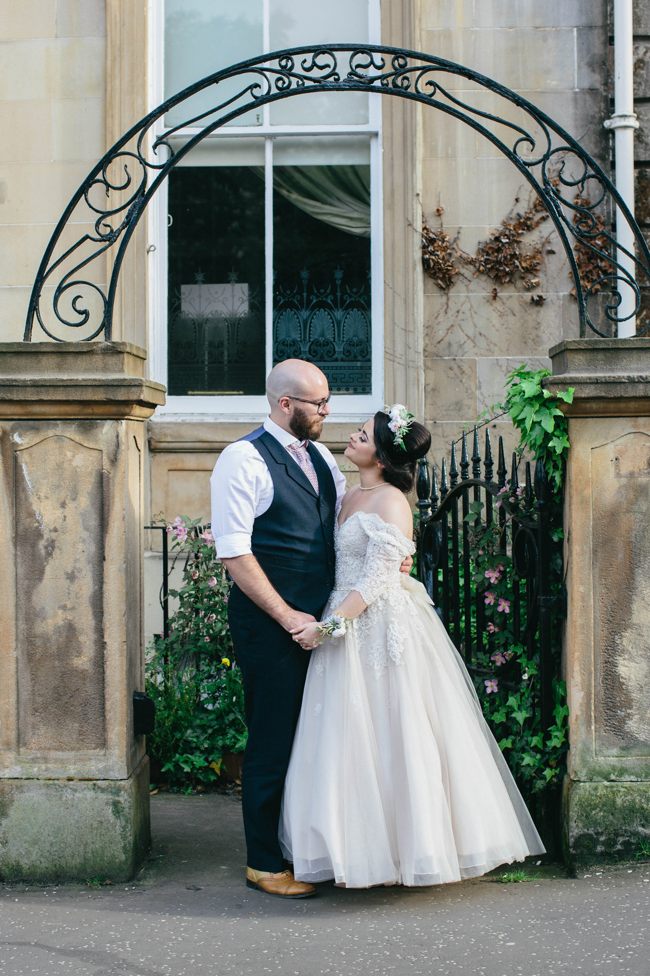 Quirky Wedding Photography Glasgow West End 072.jpg