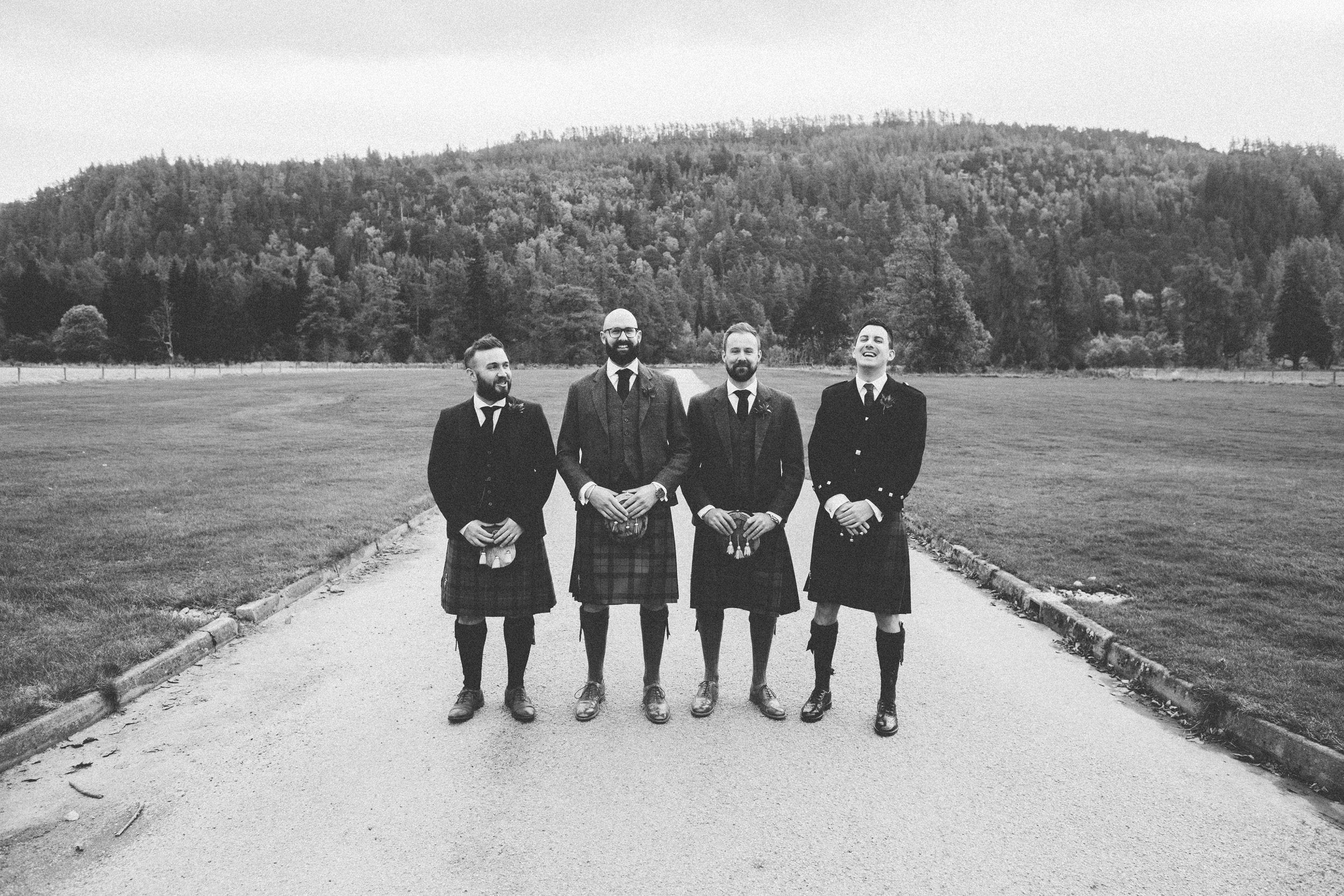Natural Wedding Photography Aberdeen Braemar 006.jpg