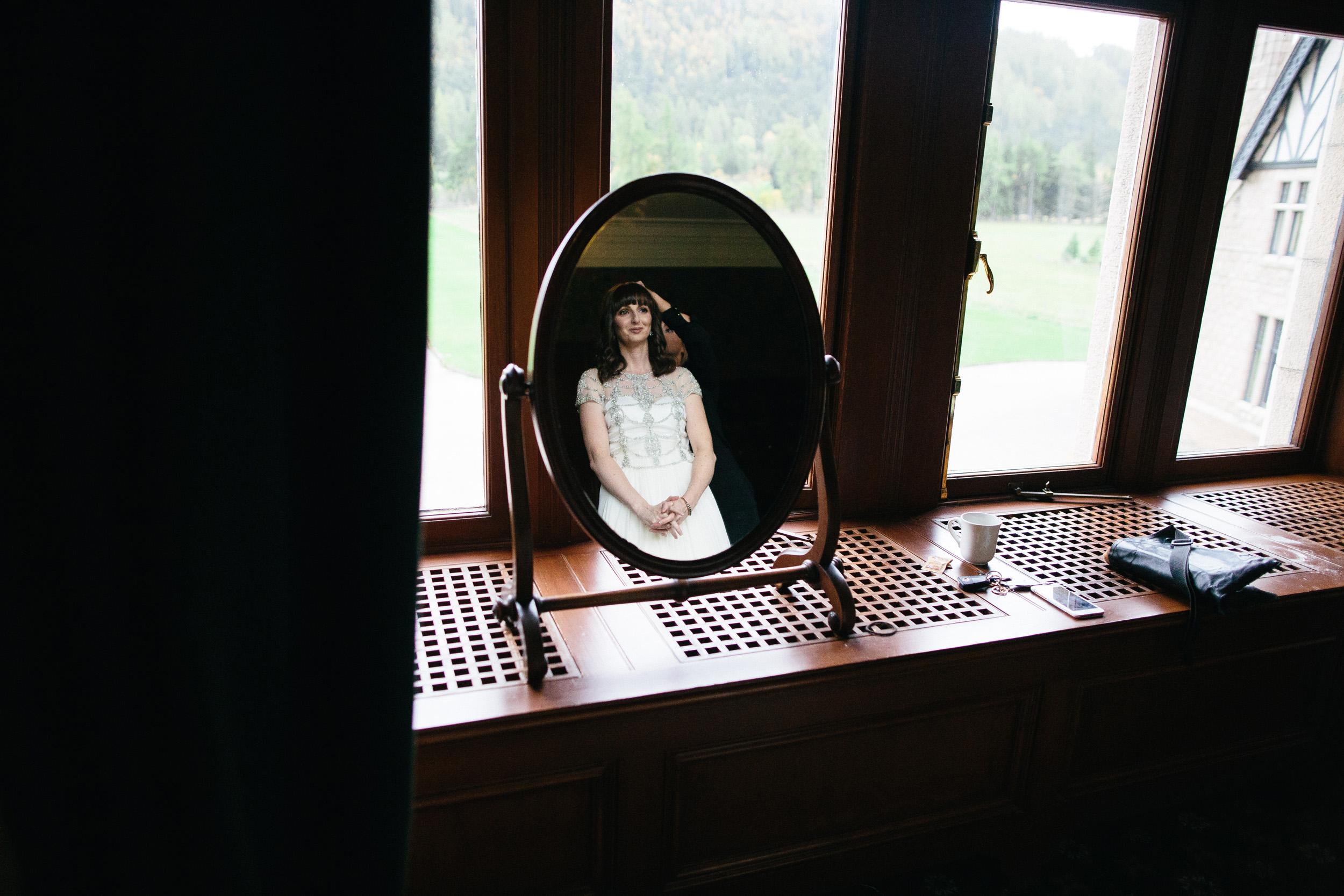 Natural Wedding Photography Aberdeen Braemar 008.jpg
