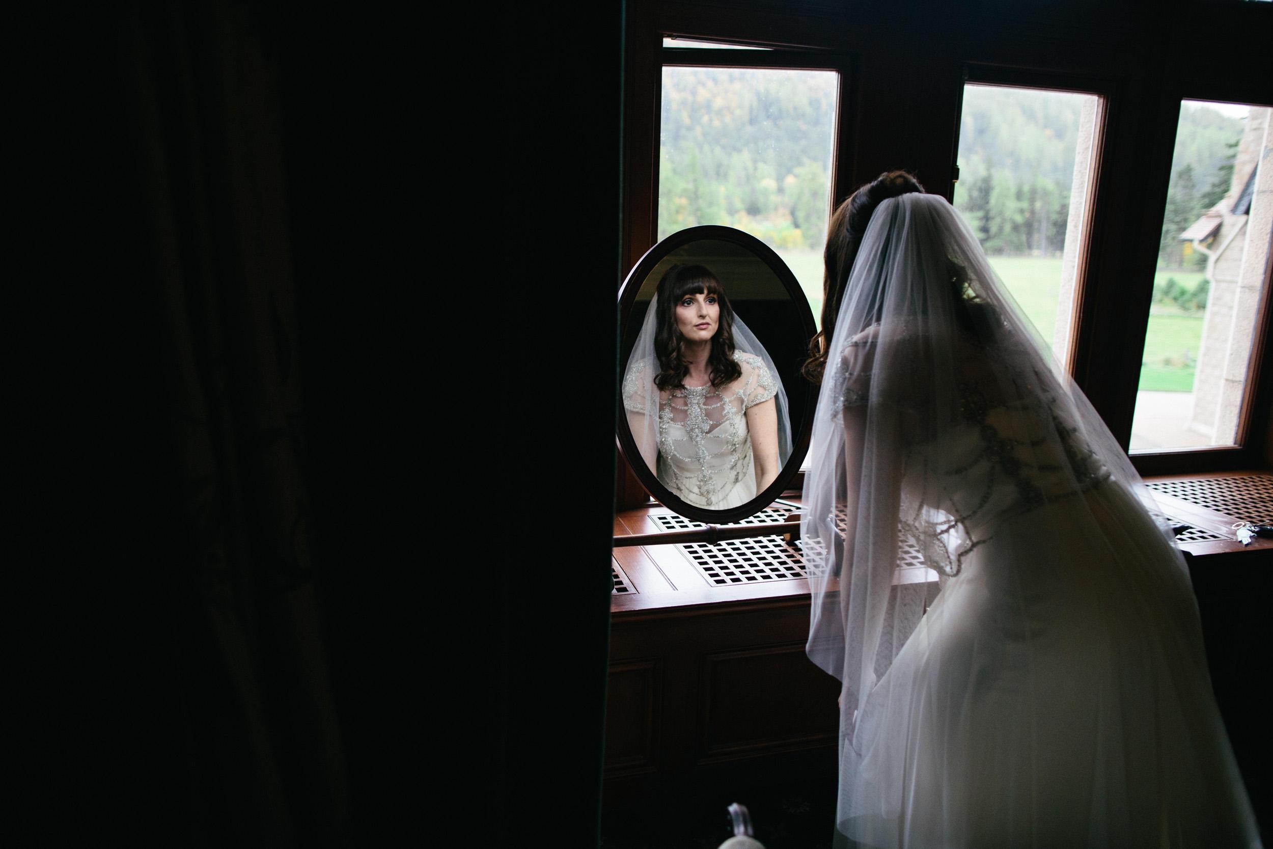 Natural Wedding Photography Aberdeen Braemar 009.jpg
