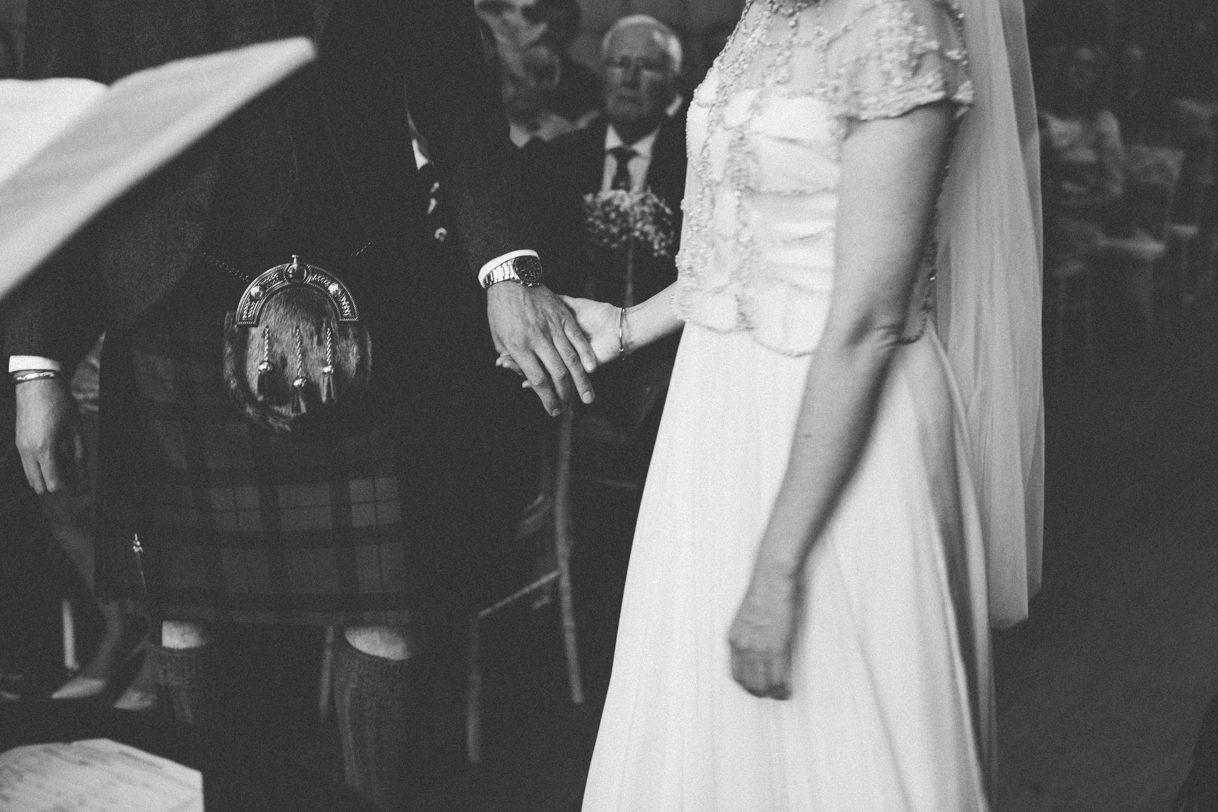 Natural Wedding Photography Aberdeen Braemar 023.jpg