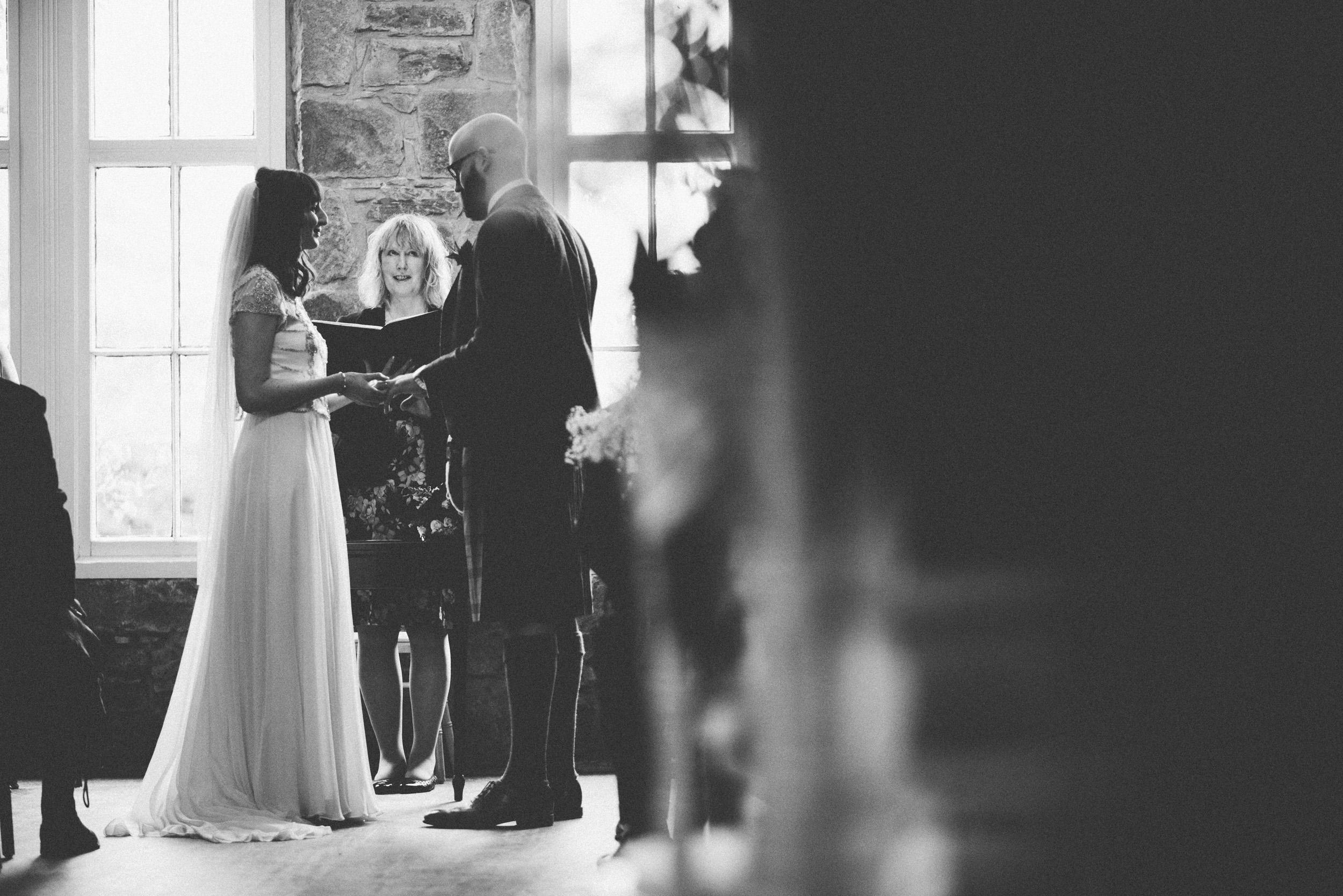 Natural Wedding Photography Aberdeen Braemar 032.jpg
