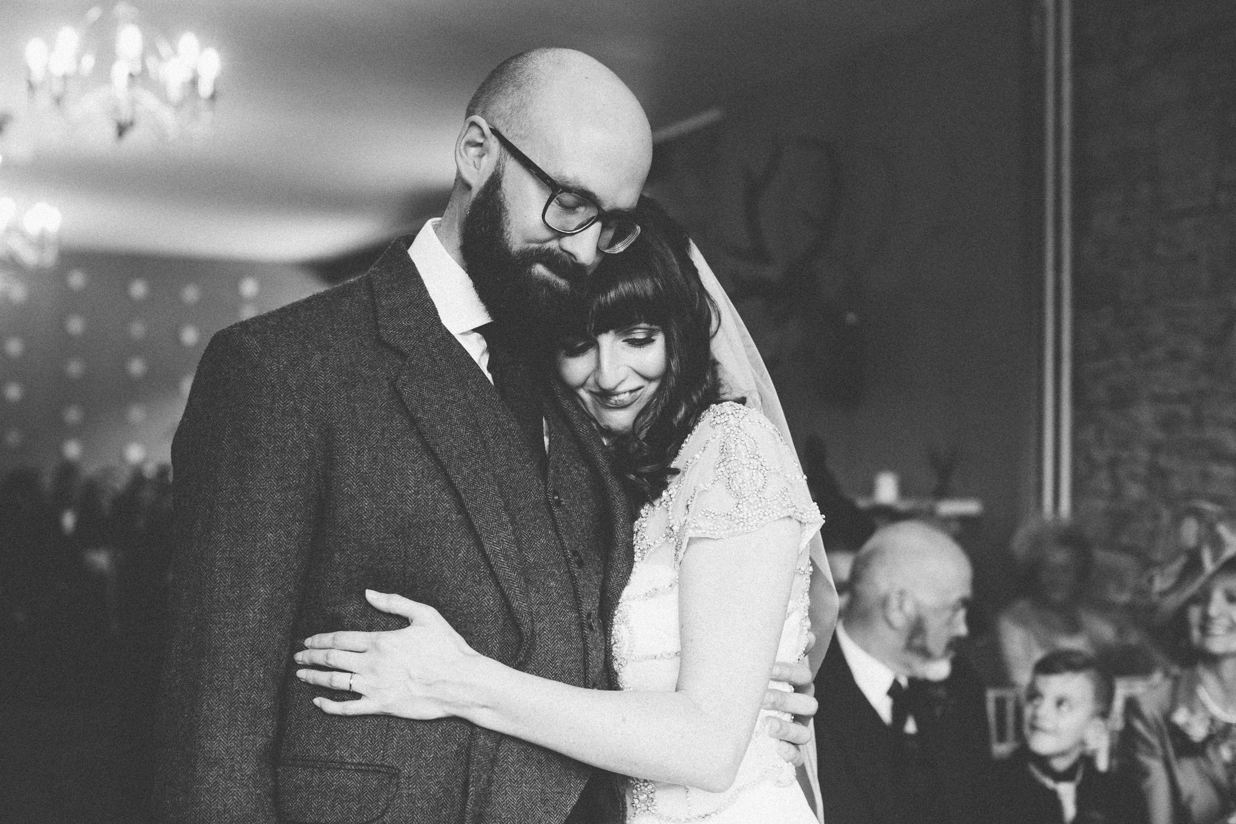 Natural Wedding Photography Aberdeen Braemar 037.jpg