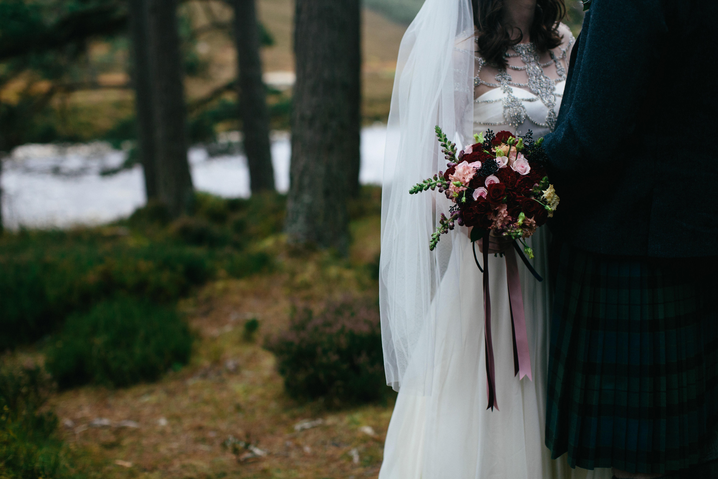 Natural Wedding Photography Aberdeen Braemar 050.jpg